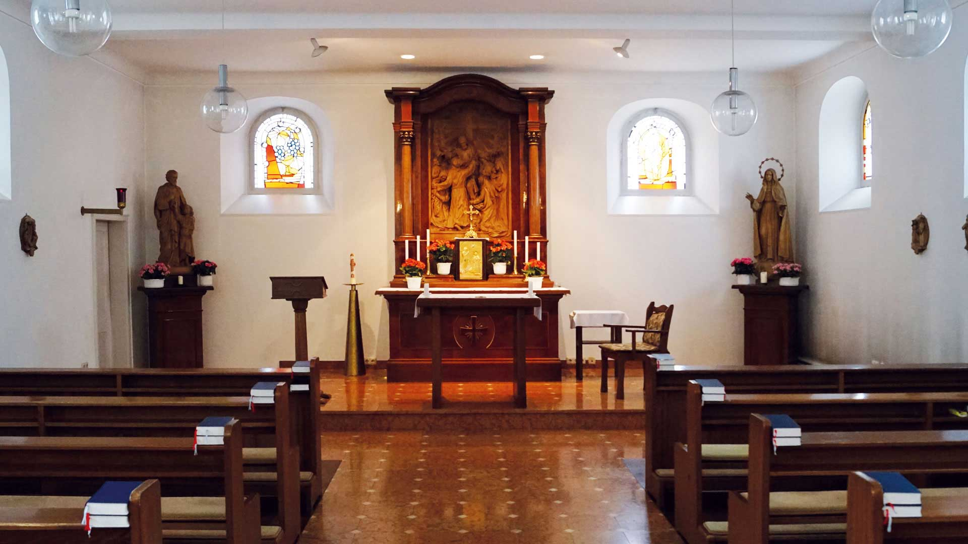Seniorenzentrum-Bruder-Konrad-Stift-Hauskapelle-St-Anselmus-3