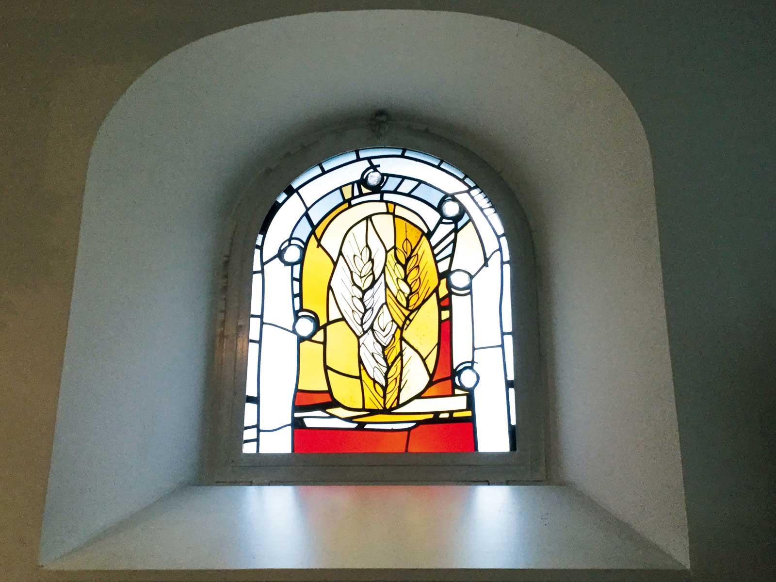 Seniorenzentrum-Bruder-Konrad-Stift-Kapelle-St-Anselmus-Fenster-2