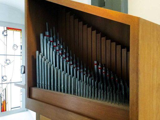 Seniorenzentrum-Bruder-Konrad-Stift-Kapelle-St-Anselmus-Orgel-2