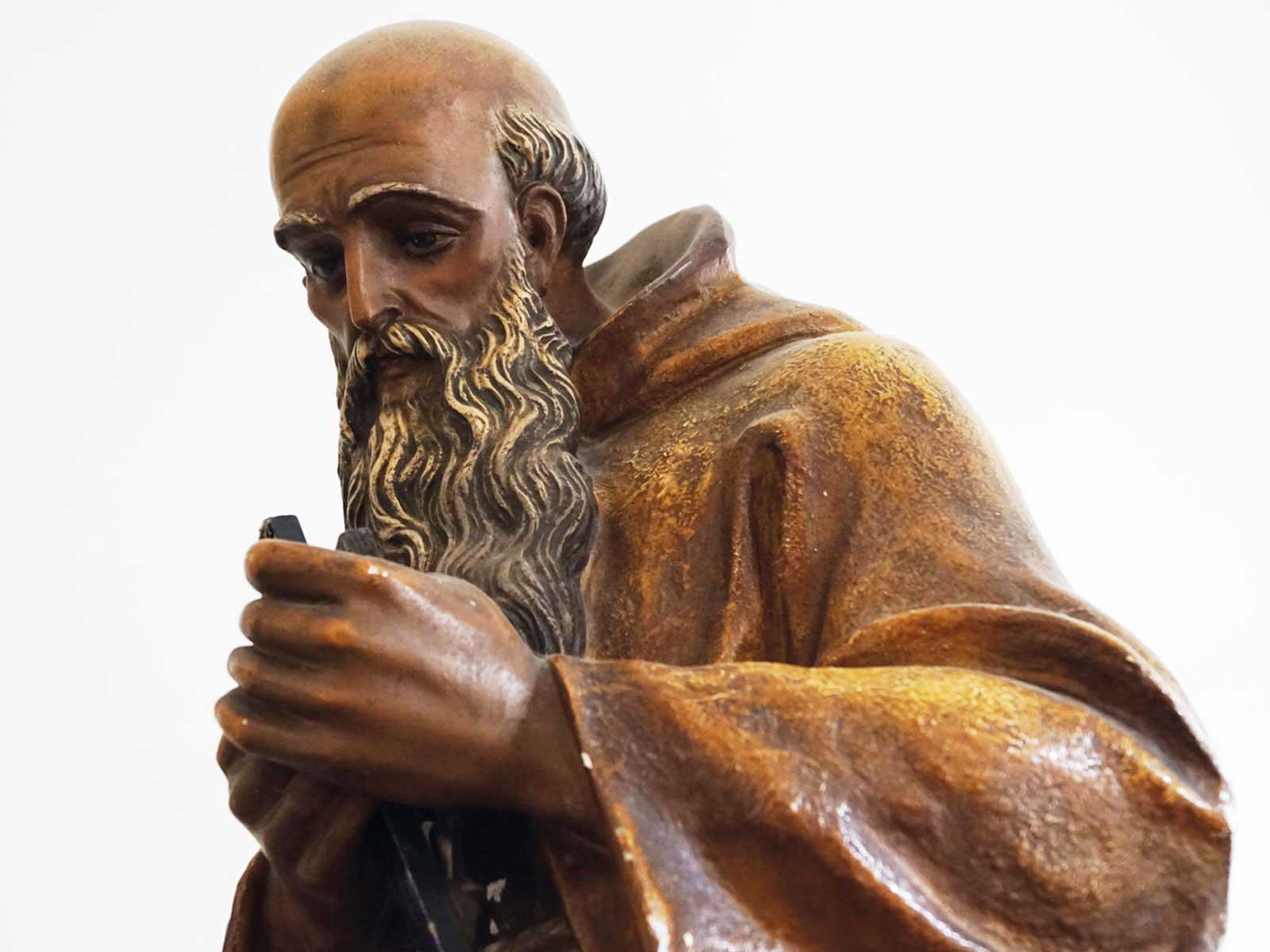Seniorenzentrum-Bruder-Konrad-Stift-Statue-2